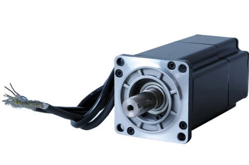 What is a servo motor and when is it used?